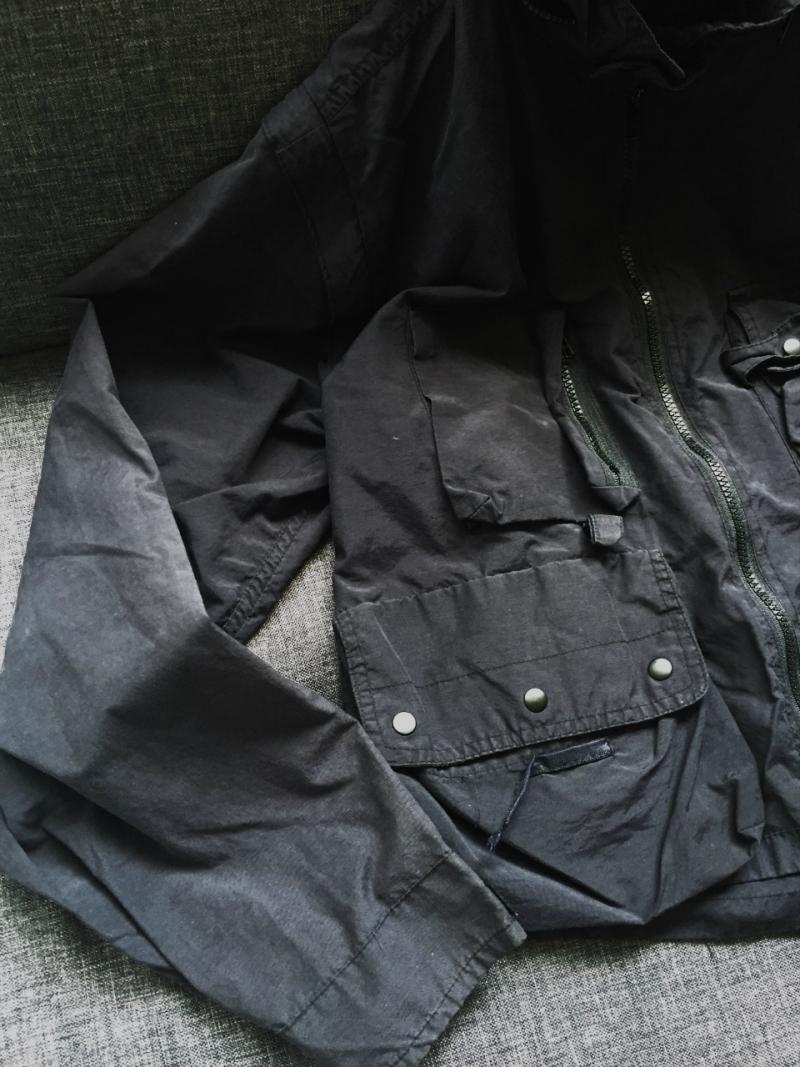Pockets (3)